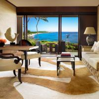 Ocean Front Suite with King Bed