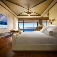 Prime Ocean Front Accessible Room with King Bed