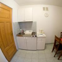 Studio Apartment with Kitchenette (4 Adults)