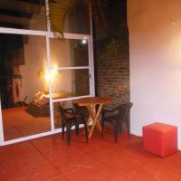 Hotel Pictures: Tarambana Hostel, Posadas