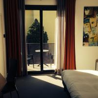 Classic Double or Twin Room with Balcony