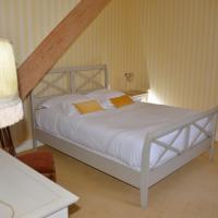 Hotel Pictures: Le Petit Château de St Mard, Saint-Mard-lès-Rouffy
