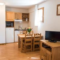 Studio (2 Adults + 1 Child or 3 Adults)