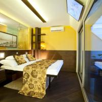 Deluxe Double Room with Terrace