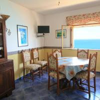 Three-Bedroom Apartment  with Terrace (6 Adults) - 28, Via Giudecca