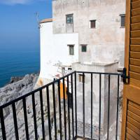 Two-Bedroom Apartment with Terrace and Sea View (6 Adults) - Split Level - 36, Via Bordonaro