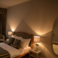Special Offer - Double Room with Free Airport Pickup