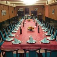 Hotel Pictures: Hostal El Busto I, Teruel