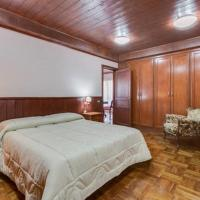 Queen Room with Spa Bath