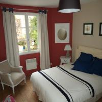 Holiday Home (2-4 Adults)