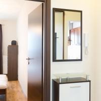 Two - Bedroom Apartment Polkowska Street 11/1