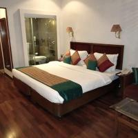 Superior Double Room with Pool View