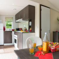 Mobile Home with 2 Bedrooms and Terrace