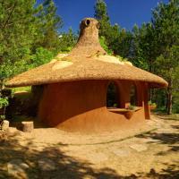 Hotel Pictures: Omaya Eco Village, Gaytaninovo