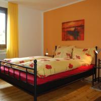 Hotel Pictures: Ferienhaus Kirch, Gemünd