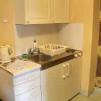 Studio Apartment with Kitchenette (3 Adults)