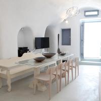 Three Bedroom Villa with Caldera View