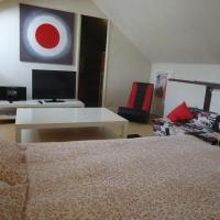 Hotel Pictures: Apartment L'Escale XXL, Caen