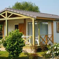Hotel Pictures: Cottages du Limonay-Hotel Tirel Guerin&SPA, Saint-Méloir-des-Ondes
