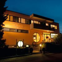 Hotel Pictures: Hotel Restaurant Gottfried, Moos