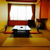 Japanese-Style Triple Room with Shared Bathroom - Annex