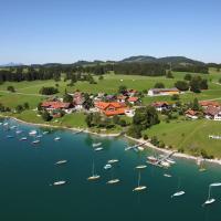Hotel Pictures: Seehotel und Appartements Schnöller, Rieden