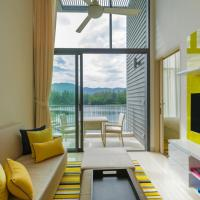 One-bedroom Loft Suite with Lagoon or Ocean View
