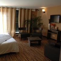 Hotel Pictures: BHB Hotel, Bagnols-sur-Cèze