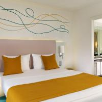 Art Double Room with River View
