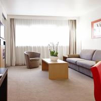 Superior Suite with 1 kingsize bed and Sofa  Bed - Free Minibar and Free Parking