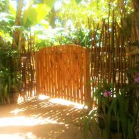 Hotel Pictures: Banana Leaf Garden, Weligama
