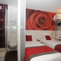 Family Room - 1 Double Bed & 2 Single Beds