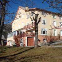 Hotel Pictures: Le Beausite, Allos