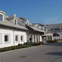 Hotel Pictures: Blatensky Dvur, Pardubice