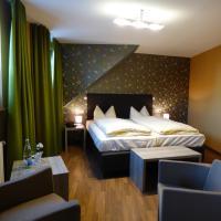 Hotel Pictures: Zum Kronprinzen, Weyher