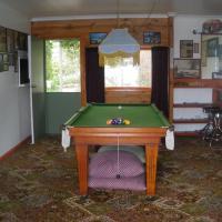 Hotel Pictures: Cobden Crest Cottages, Cobden