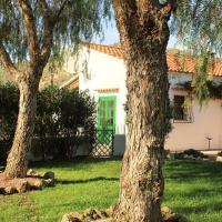 Hotel Pictures: Casas Huerta, Jardin Y Oliva, Vera