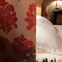 Hotel Pictures: Manoir de Favry B&B, La Cropte