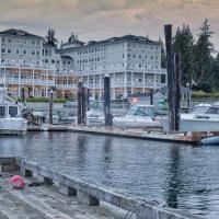 Hotel Pictures: Prestige Oceanfront Resort, Sooke