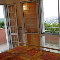 One-Bedroom Apartment with Sea View (2 Adults)