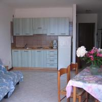 One-Bedroom Apartment with Lake view (2 Adults)