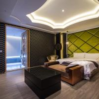 Double Room (Check-in after 21:00)