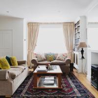 Three-Bedroom Apartment - Godfrey Street III
