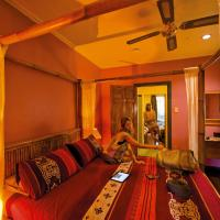 Hotel Pictures: Grey Gum Lodge, Nimbin
