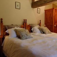 Hotel Pictures: Domaine du Revetison, Chantonnay