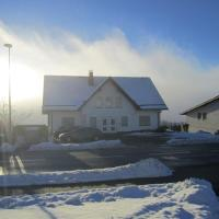 Hotel Pictures: Apartment Winterbergerstrasse 22a, Winterberg