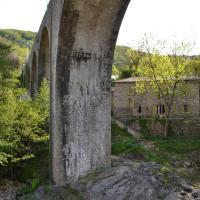 Hotel Pictures: Maison Sous Le Pont, Meyras