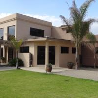 Hotellikuvia: Vogelstrand Holiday House, Swakopmund