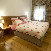 Hotel Pictures: Vakantiewoning Venderhof, Maaseik
