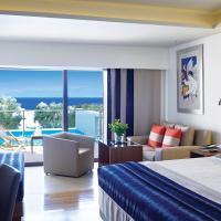 Porto Sea View Superior Room with Individual Pool
